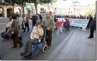 Manifestación en defensa de la Ley de la Dependencia el pasado diciembre en la Plaça de Baix.