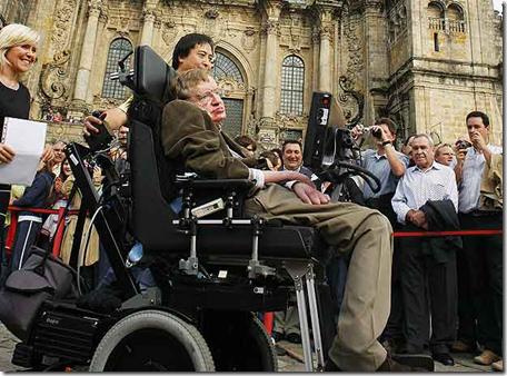 Stephen William Hawking en la Plaza del Obradoiro de Santiago de Compostela